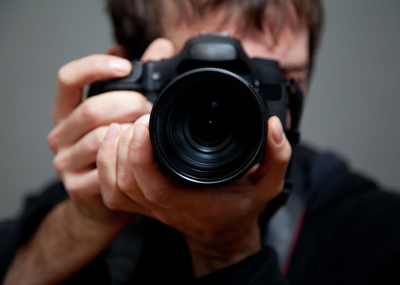 Korrekte Handhaltung beim Fotografieren