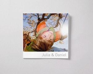 Fotobok kvadratisk L med mjukt omslag pojke vinter