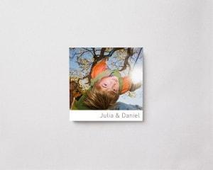 Fotobok kvadratisk m mjukt omslag pojke vinter
