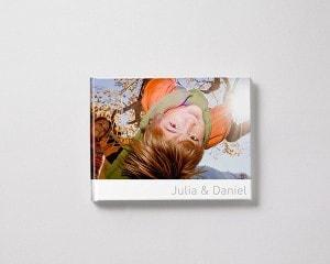 Fotoboek Voorbeeld Liggend - Kind in schommel M