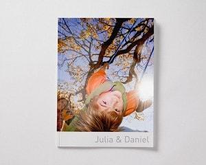 Fotoboek Voorbeeld Softcover Liggend - Kind in schommel M