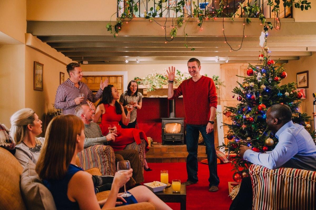Spiele Zur Weihnachtsfeier.8 Tolle Festliche Weihnachtsfeierideen Albelli Blog