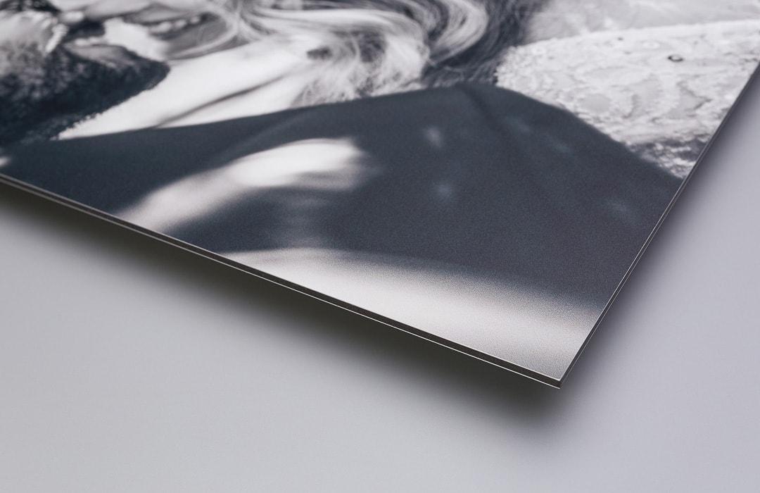 Aluminiumsplate med oppheng